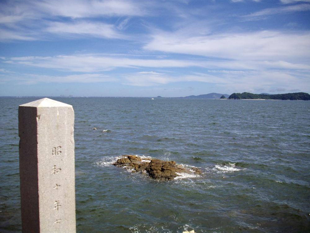竹島の裏側