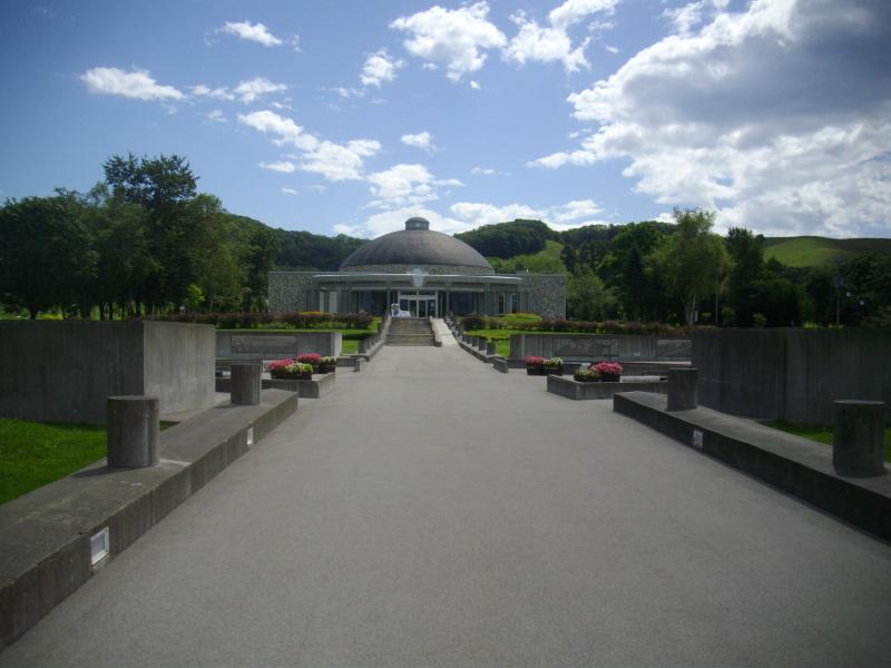 ナウマンゾウ記念館