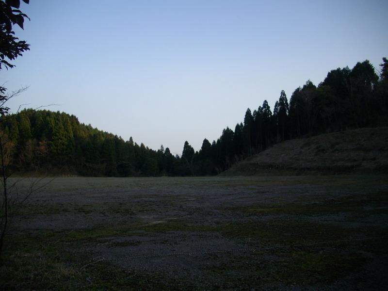 志高湖近くの空き地
