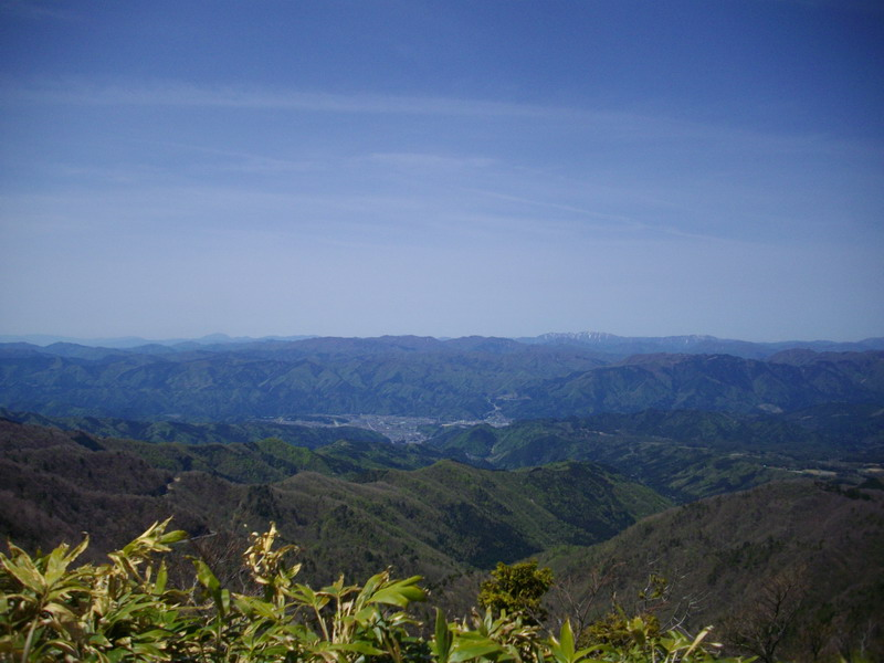 能郷白山と伊吹山見えるかも?
