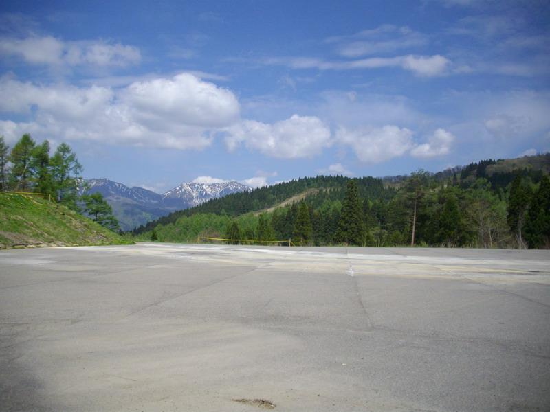 満点の湯から大日ヶ岳を見る