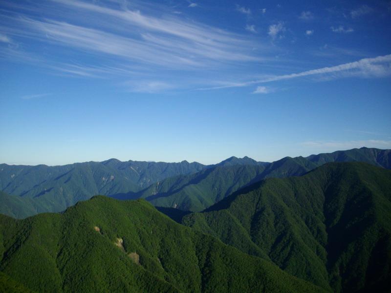大無間山の南アルプスらしい景色